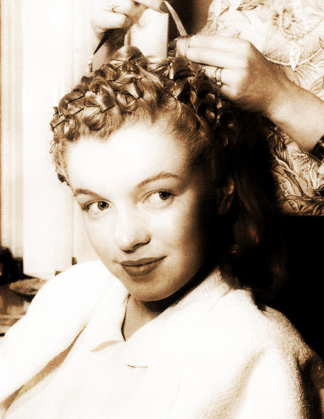 Marvelous Pin Curls For Dummies Skirting The Issue Hairstyles For Women Draintrainus